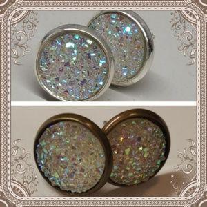 Jewelry - 2 for $10 💖 Crystal druzy style studs